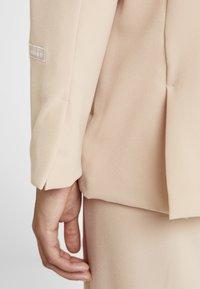 adidas Originals - TRACK - Leichte Jacke - ash pearl - 5