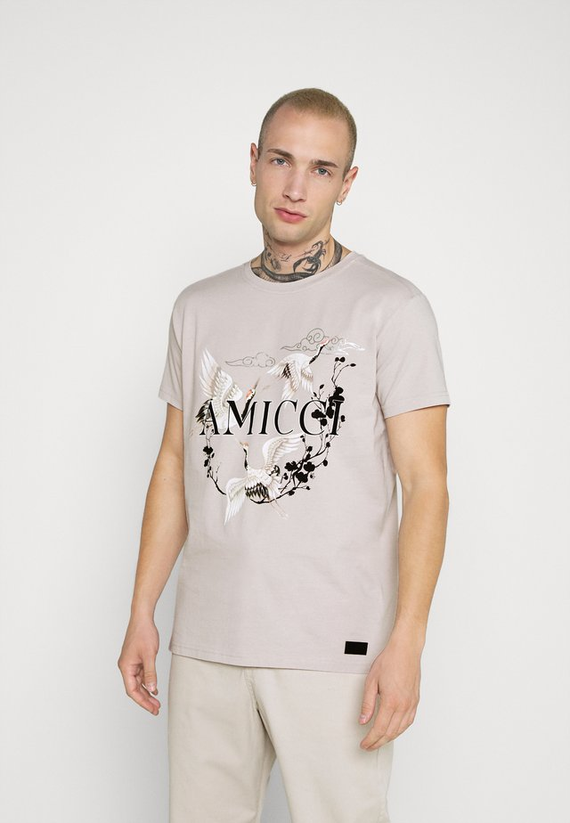 AVELLINO - T-shirts med print - sand