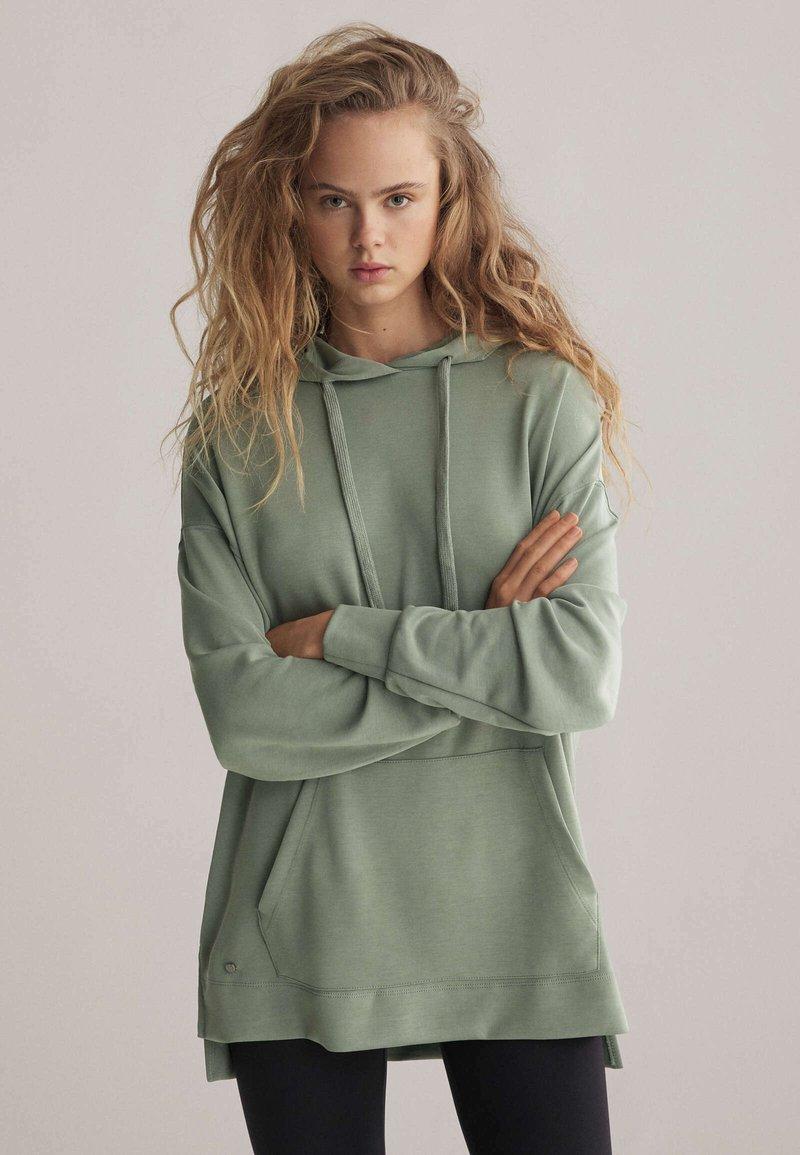 OYSHO - Hoodie - green