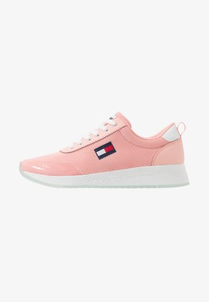 FLEXI RUNNER - Trainers - sweet peach