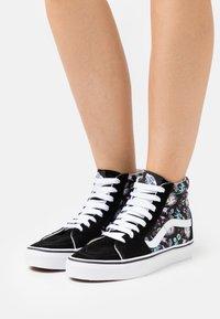 Vans - SK8 - Sneakers hoog - black/true white - 0