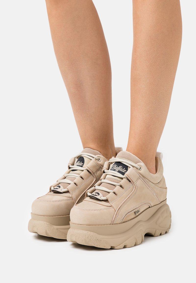 Buffalo London - Sneakersy niskie - beige