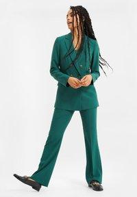 WE Fashion - Halflange jas - green - 3