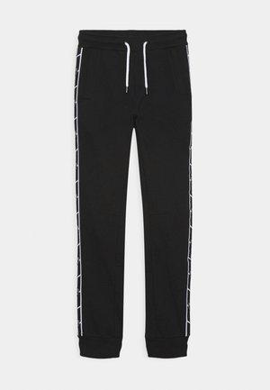 SHIELD TAPE PANTS - Træningsbukser - black pegaso