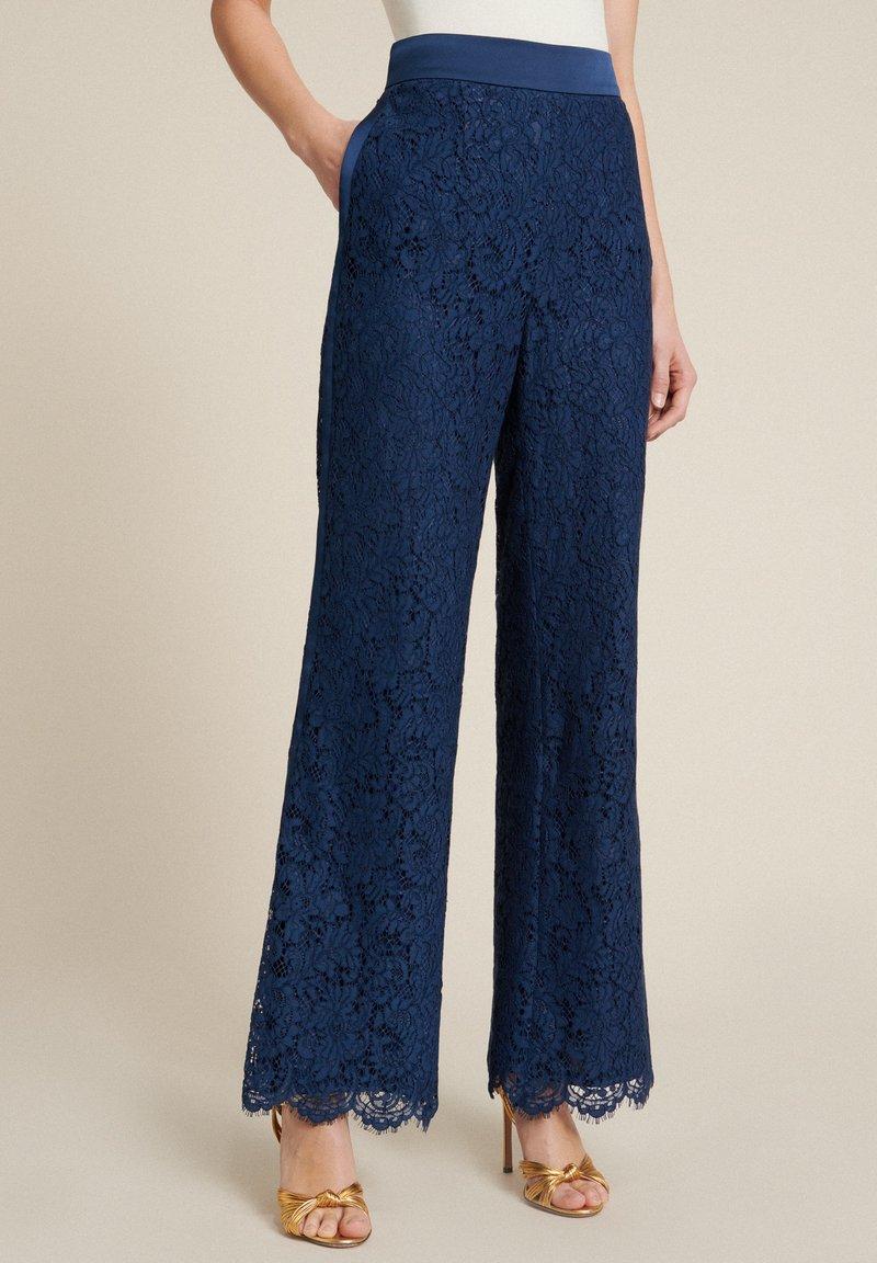 Luisa Spagnoli - Trousers - blu/blu