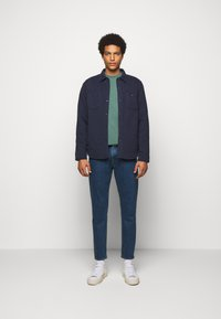 CLOSED - EXCLUSIVE COOPER - Džíny Slim Fit - dark blue - 1