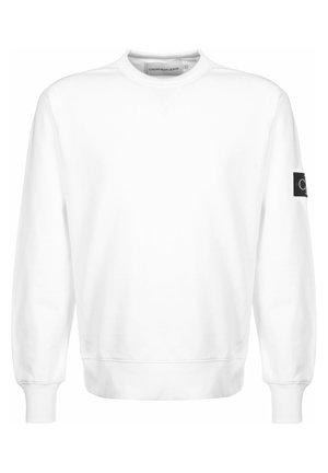SWEATER MONOGRAM SLEEVE BADGE - Sweatshirt - white