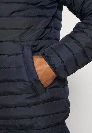 ONSPAUL QUILTED HOOD JACKET - Winter jacket - dark navy