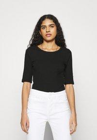 mbyM - WIKTORIA - Basic T-shirt - black - 0