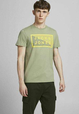 SHAWN - T-shirt print - oil green
