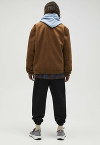 PULL&BEAR - Giacca in similpelle - brown - 2