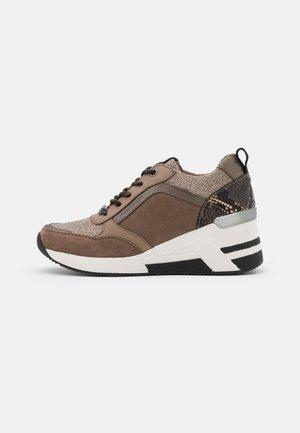 Sneakers basse - hazel