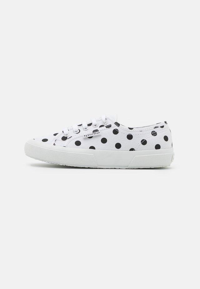 2750 - Sneakersy niskie - white/black