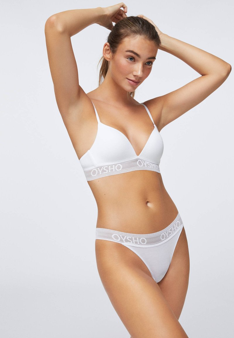 OYSHO - Triangle bra - white