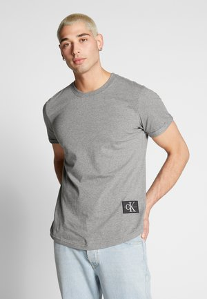 BADGE TURN UP SLEEVE - Printtipaita - mid grey heather