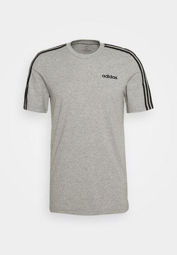 ESSENTIALS SPORTS SHORT SLEEVE TEE - T-shirts print - medium grey heather/black