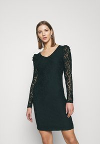 ONLY - ONLPOULA DRESS - Shift dress - scarab - 0