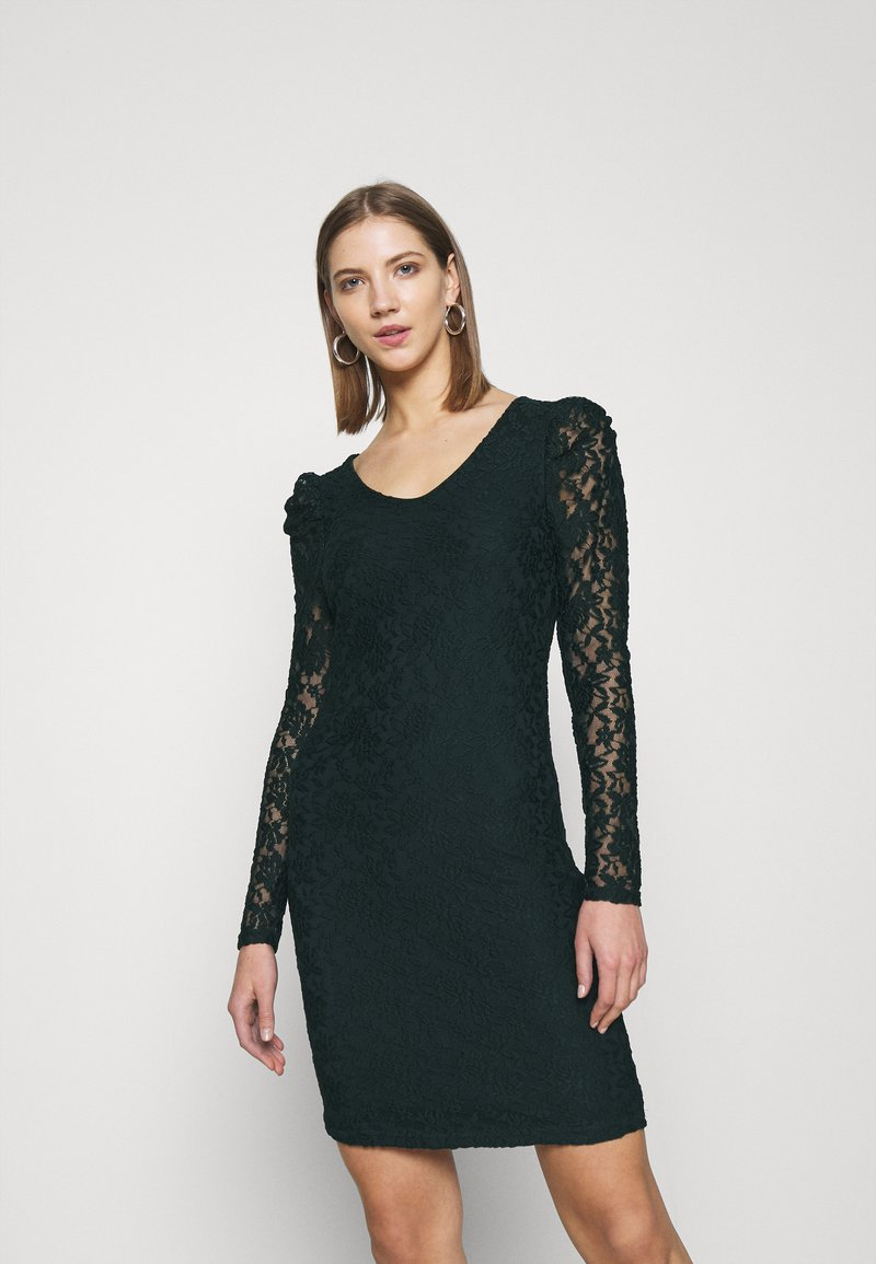 ONLY - ONLPOULA DRESS - Shift dress - scarab