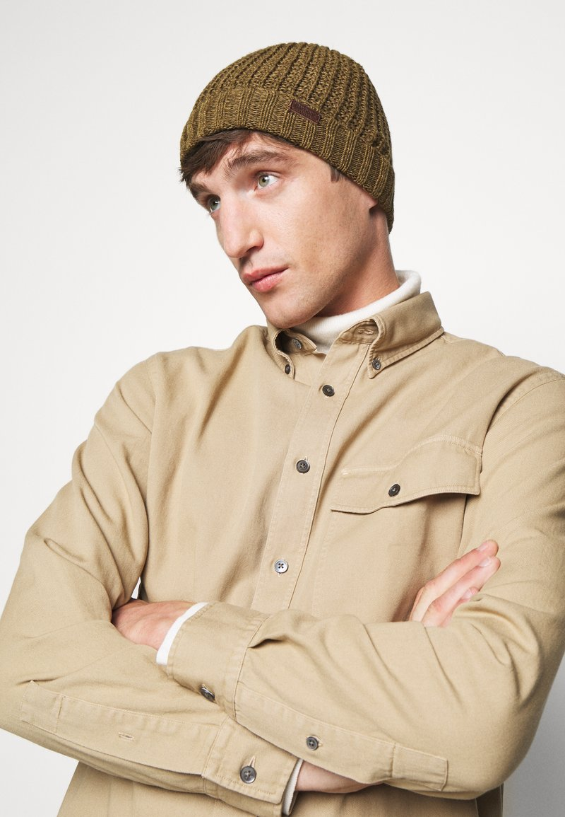 Barbour - DARNICK BEANIE - Beanie - olive