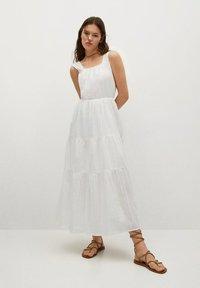 Mango - COQUET - Maxi dress - blanc - 1