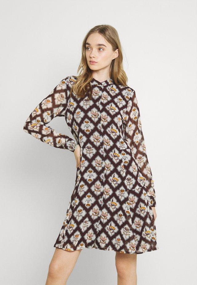 PRINTED DRESS - Sukienka letnia - mauve