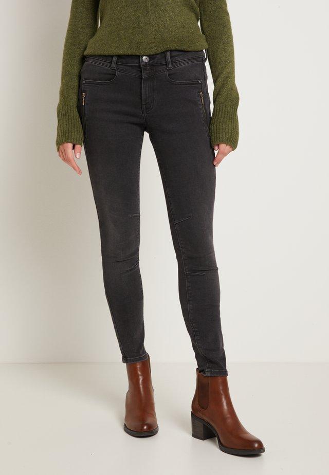 JONA - Jeans Skinny Fit - used dark stone black denim