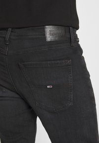 Tommy Jeans - MILES - Slim fit jeans - max black - 6