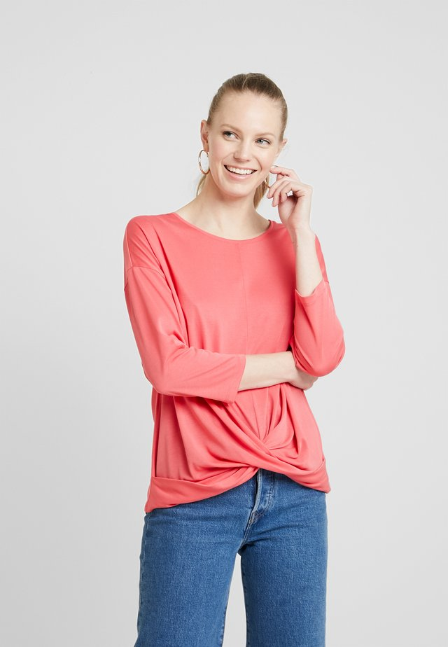 Long sleeved top - rouge red