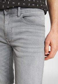 Blend - Jeansy Slim Fit - denim grey - 5