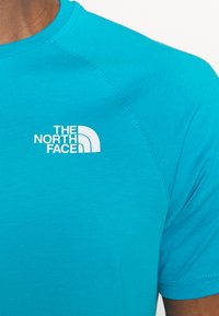 The North Face - TEE - Print T-shirt - turquoise/white - 4