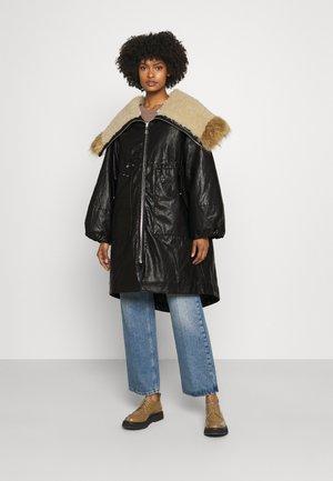 VILLANOVA WASHED - Classic coat - black