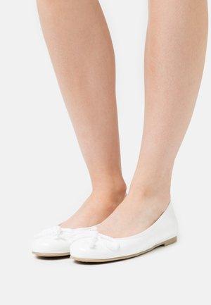 SHADE - Ballet pumps - blanco
