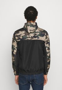 Brave Soul - ASHBLOCKCAMO - Summer jacket - black/ khaki - 2