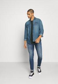 Tommy Jeans - TJM WESTERN  - Shirt - mid indigo - 1