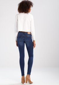 Noisy May - NMEVE POCKET PIPING - Jeans Skinny Fit - dark blue denim - 3