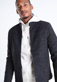 BONOBO Jeans - Veste en similicuir - black - 3
