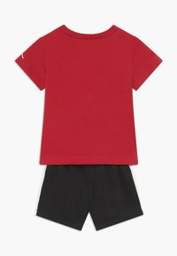 Jordan - COURT GRAPHIC TEE SET - Sports shorts - black - 1