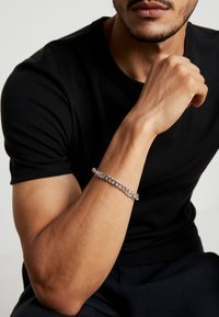 Icon Brand - CHUNKY CHAIN BRACELET - Armband - antique silver-colouored - 1