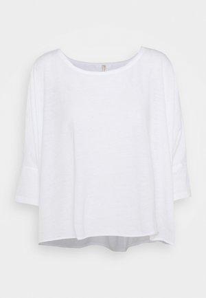 BURN BABY BURN TEE - Long sleeved top - white