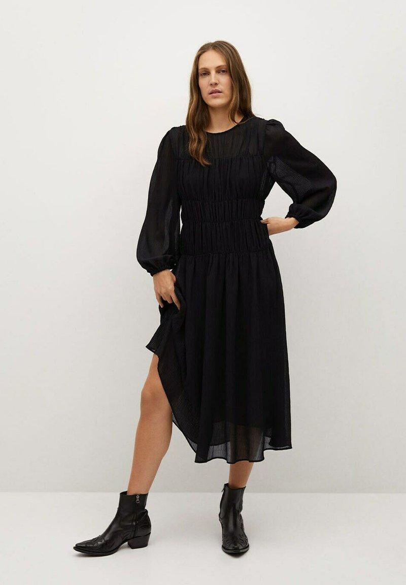 Mango - TIGA - Denní šaty - schwarz