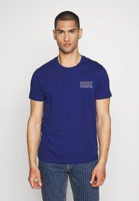 Diesel - JAKE - Print T-shirt - blue - 0