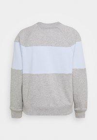 GAP - ORIGINAL CREW - Bluza - grey heather - 1