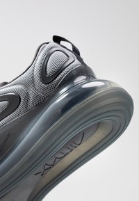 Nike Sportswear - AIR MAX 720 - Trainers - wolf grey/anthracite - 5