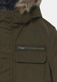 IKKS - 2-IN-1  - Zimní kabát - bronze/navy foncé - 5
