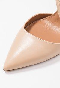 Pura Lopez - Zapatos altos - sabbia - 2