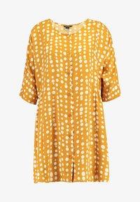Monki - RINA DRESS - Košilové šaty - yellow dark - 4