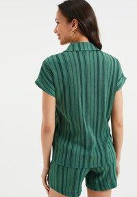 WE Fashion - Print T-shirt - green - 2
