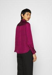 Banana Republic - DILLON SOFT  - Button-down blouse - raspberry - 2