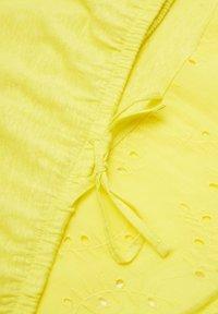 s.Oliver - T-shirt print - light yellow - 4