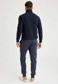 DeFacto - Pantaloni sportivi - indigo - 2